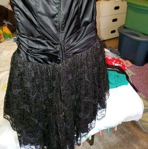 Zum Zum by Niki Livas Dresses - Vintage Cocktail dress